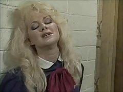 Britt Morgan Toma en la barbilla (1995) pt.1