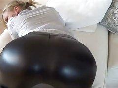 chica sexy en leggins