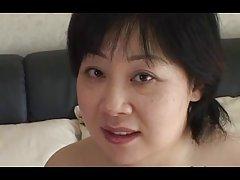 44 años gordita tetona japonesa mamá anhela cum (sin censura)